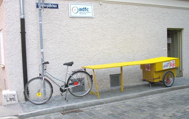 mit dem fahrrad fahrr der transportieren und andere sachen bikekitchen augsburg
