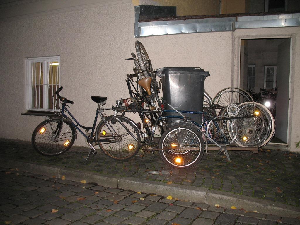 bikekitchen schrottentsorgung bikekitchen augsburg. Black Bedroom Furniture Sets. Home Design Ideas